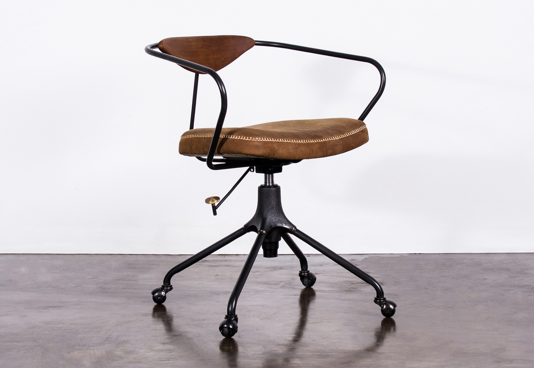 Akron Desk Chair