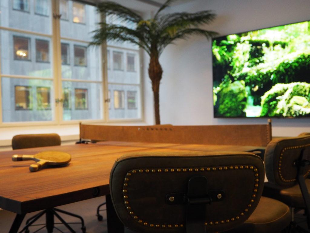 Visual Art aktiverar kontoret med möbler från Dunke 2