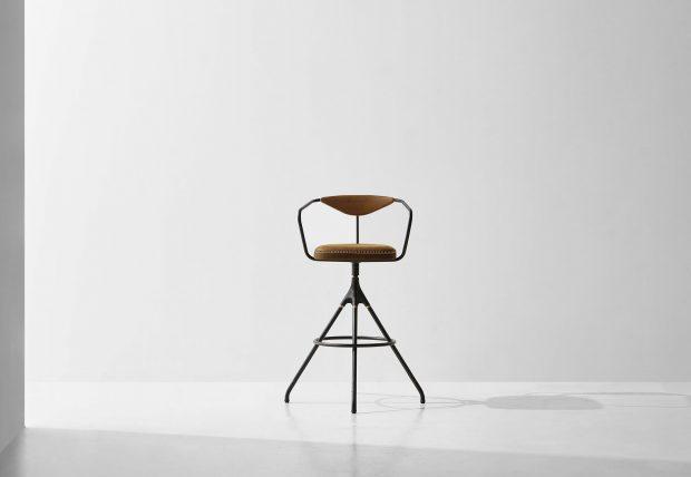 Akron bar stool