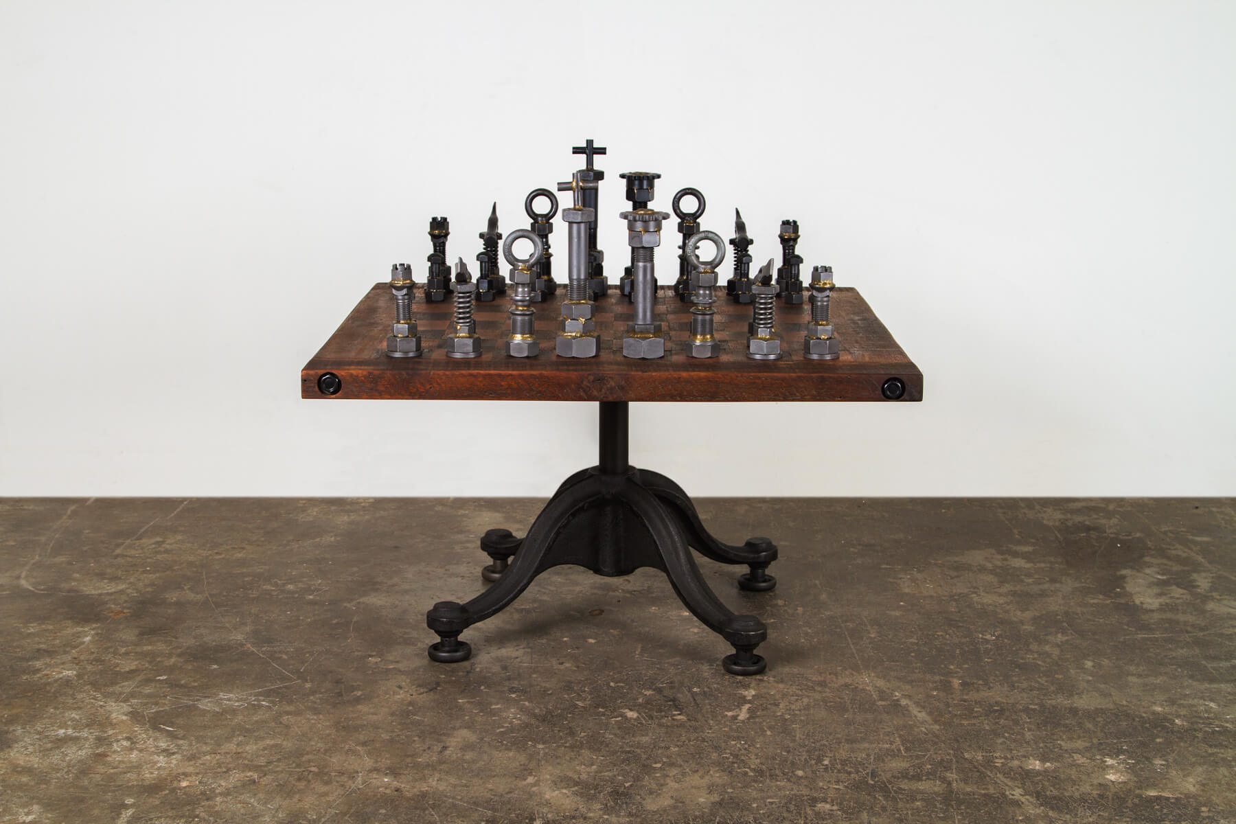 Chessboard table (1)