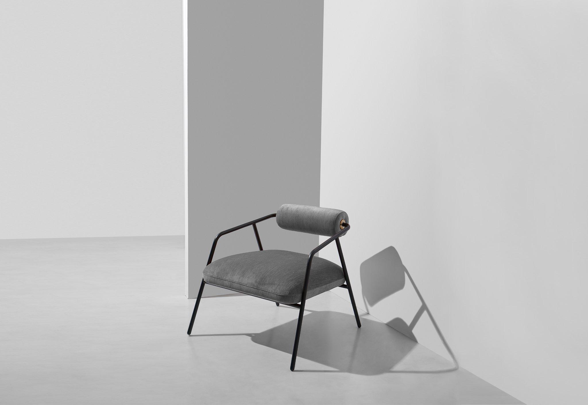 Cyrus_Chair_Velvet_Limestone_1