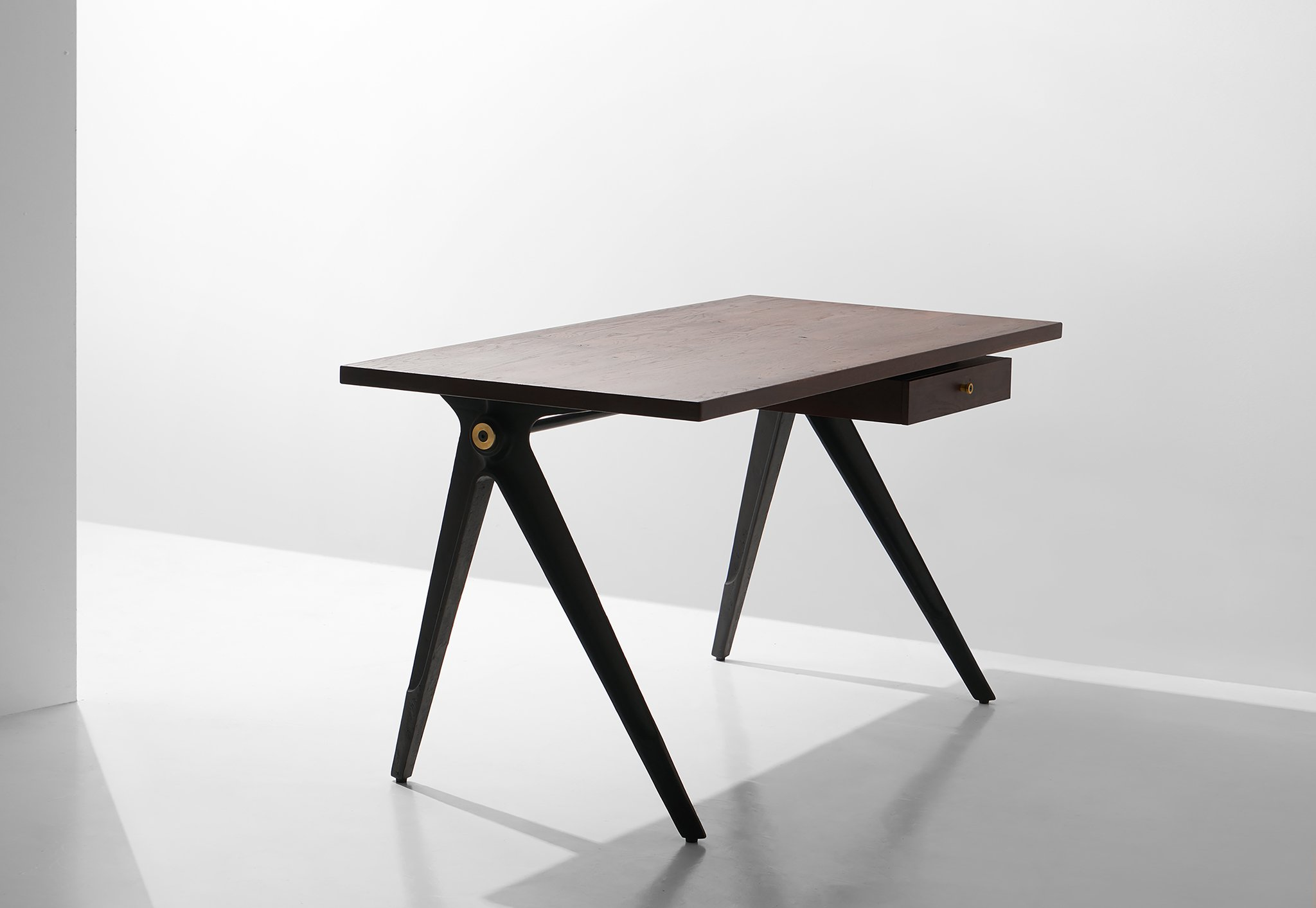 Dunke Design Compass Desk Single Drawer Smoked 2