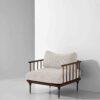 D8 armchair