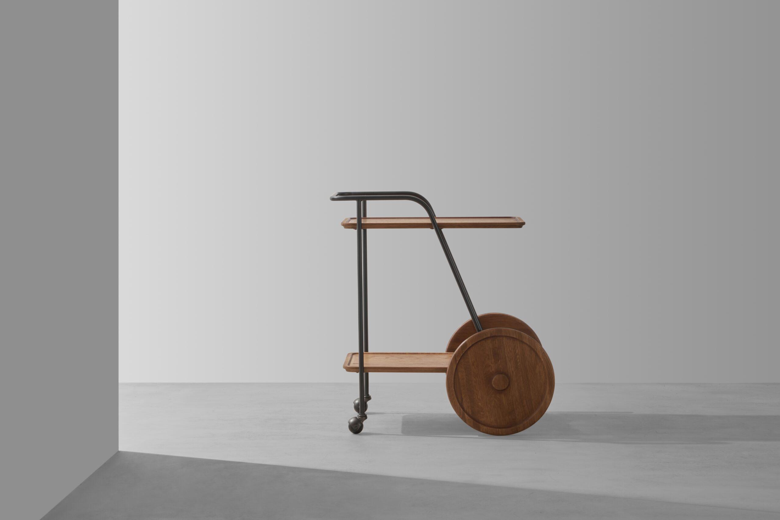 Dunke Design Trolley Hard Fumed