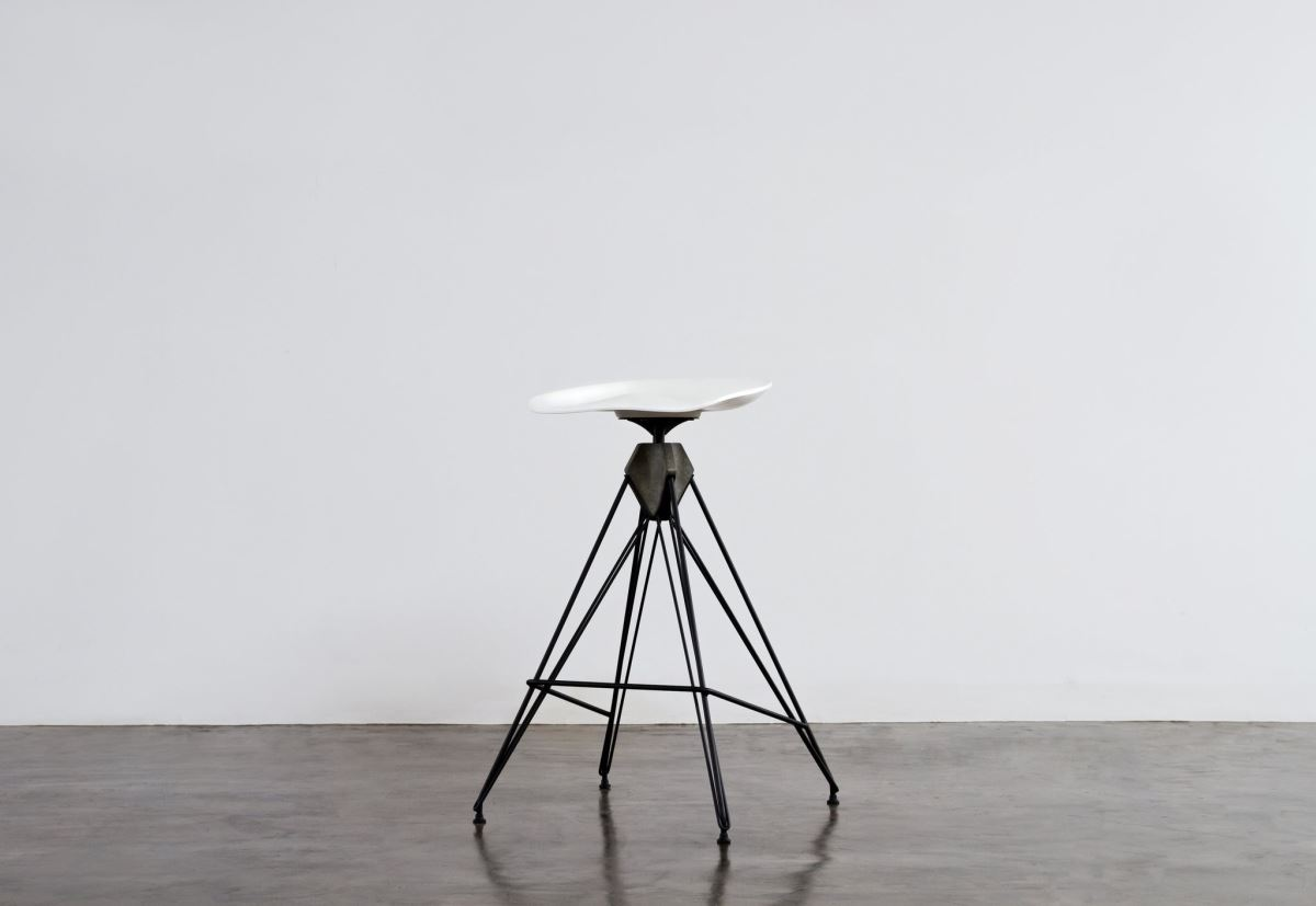 Kahn_Bar_Stool_small_opt