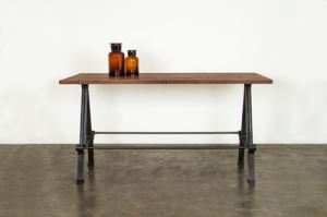 KOSEN HIGH DINING TABLE