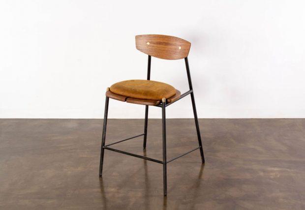 Kink counter stool light brown