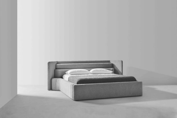 Step bed