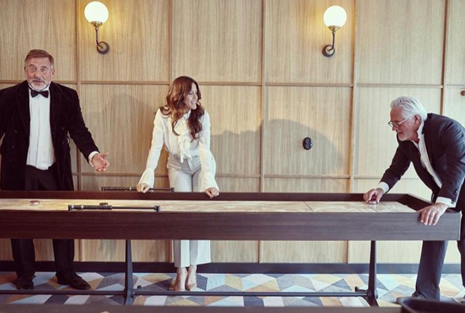 Shuffleboard table Ellery