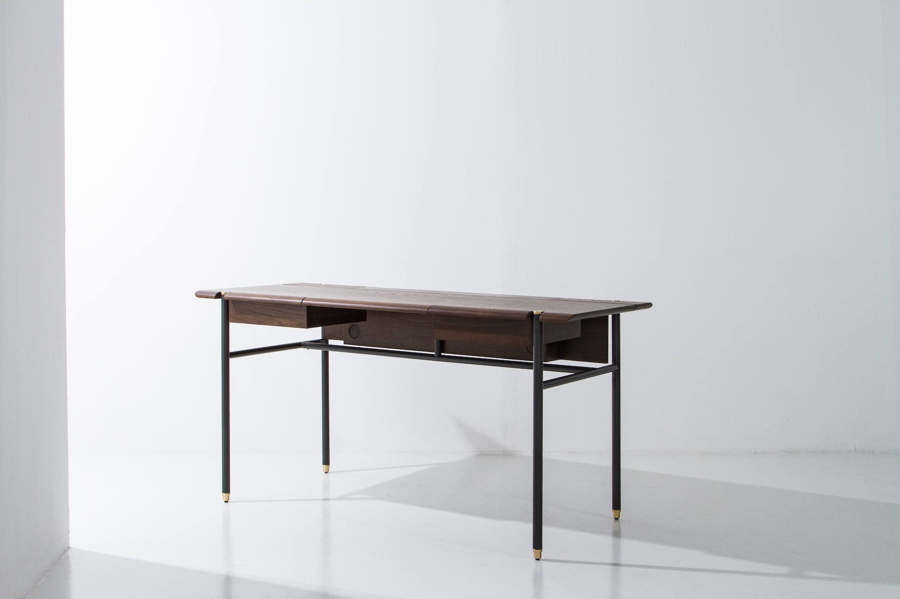 Dunke Design Stacking Desk – Smoked Oak (2)